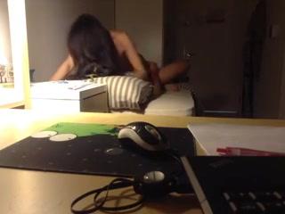 Unistudent brings prostitute to his dorm
