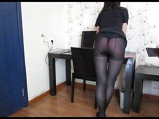 Girl who loves spanking 16