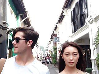 epouse chinoise dressee mari pervers