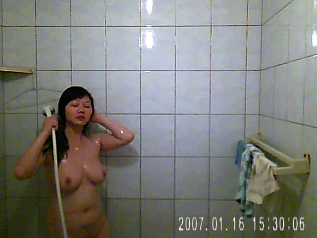 The wife washroom two