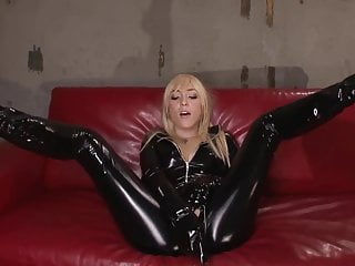 Latex Slut Gets Fucked